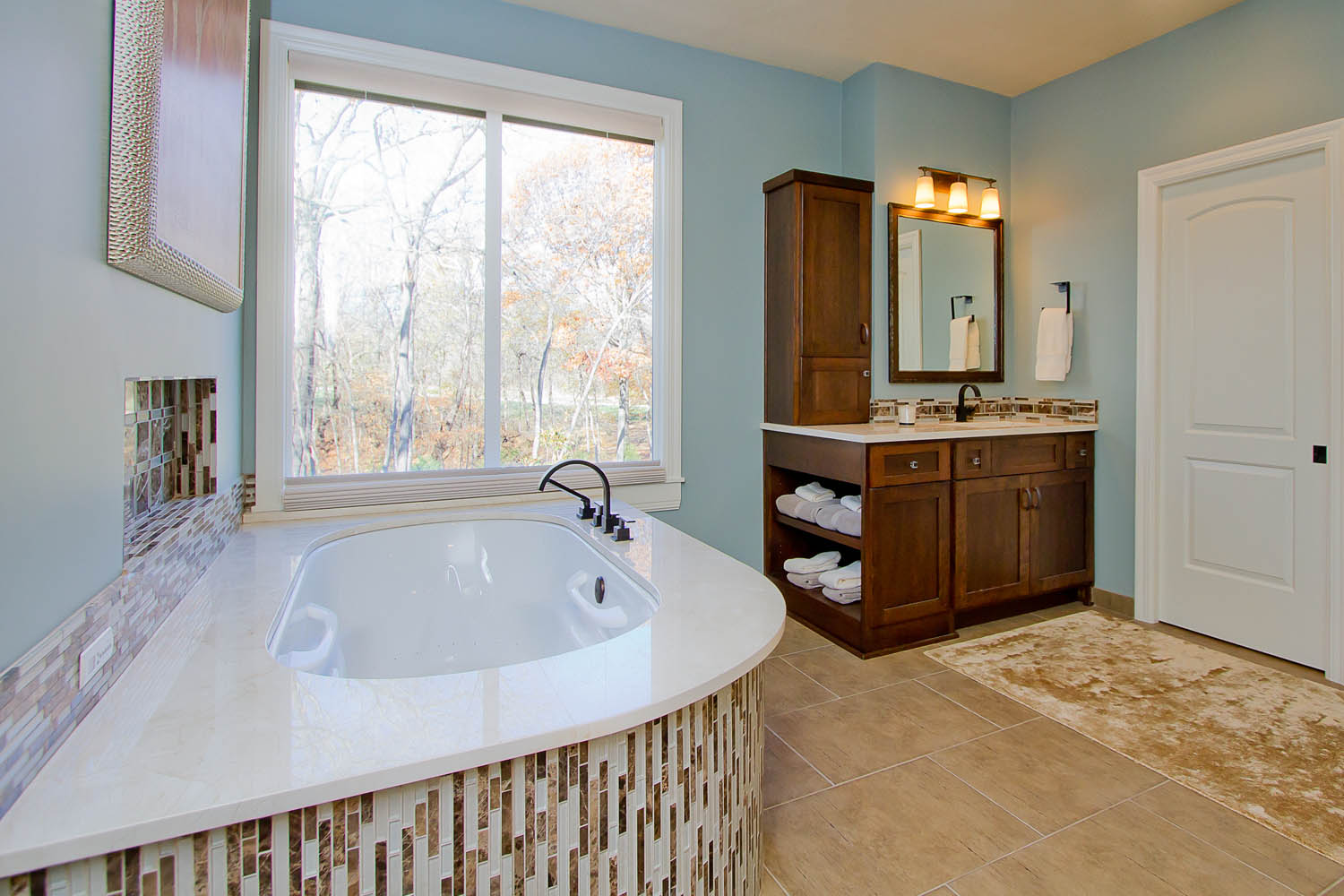 Wall to wall bathroom vanity local bathroom remodelers for Local bathroom remodelers